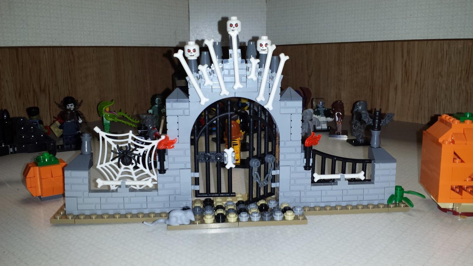 Lego Halloween Moc Cemetery Gate Hnet Inc